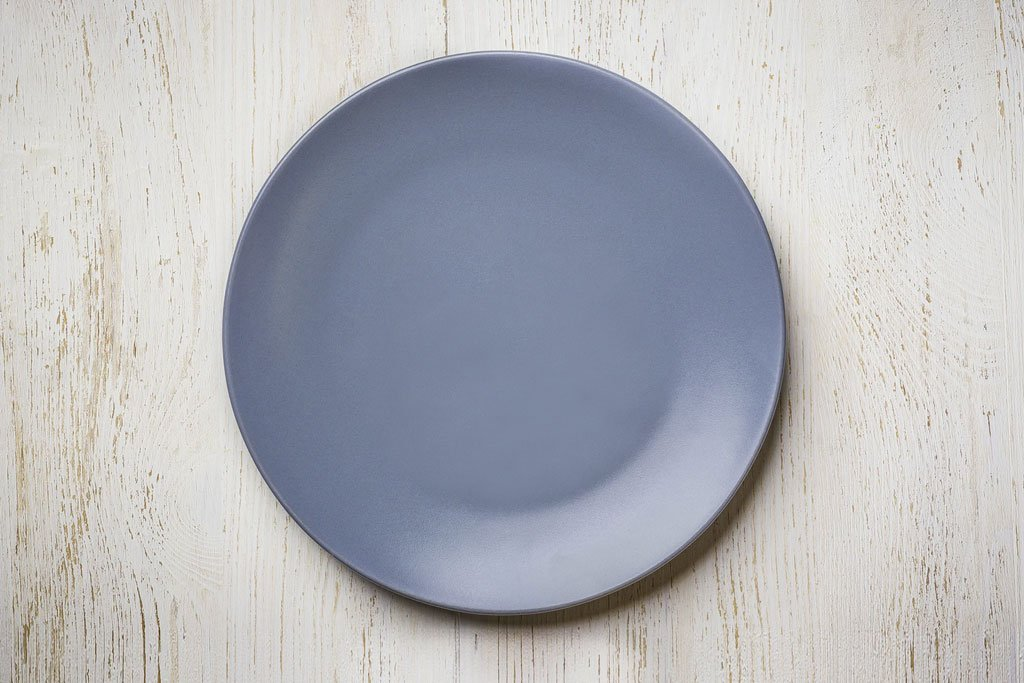 empty blue plate